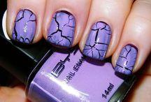 fingernail ideas / by Emily Haslag