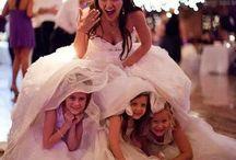 La sposa con le damine