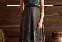 roupas com barrado florais