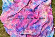 Foulards en soies peintes / Voici les foulards  en soies naturelles que je peins. Vous les trouverez sur le site  : http://www.armellesoie.com/accueil/mes-foulards/
