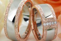 Barocco Karikagyűrűk - Wedding rings / Díjnyertes, kézi barokk véséssel dekorált arany és gyémánt karikagyűrűk, jegygyűrűk. Gold wedding rings decorated with handmade engraving.