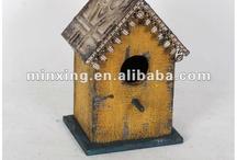 Ideas for mom's birdhouses / by Adrienne Rawl