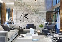 Дизайн интерьера квартиры в ЖК Город Столиц / В интерьере квартиры выверена каждая деталь. Геометрические линии сливаются с разнообразными текстурами. В дизайне квартиры в ЖК Город Столиц есть места для декоративных вещей, которые хозяева приобретали в путешествии. В гостиной комнате главенствуют светлые тона: белый, серый, а также оттенки коричневого.