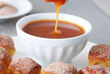 Mmmm sweets / by Ana Alvarez