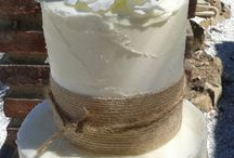 Hessian Cakes & Wedding Decorations / Rustic wedding cake teamed up with co-ordinating rustic fans and table centres