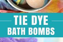 tie dye bath bomb.