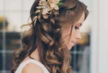 Flowers in her hair / Floral garlands  and natural hair adornments for the bride and her party