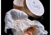"""À la Table du Comté, à Lyon / 14 recettes créées pour le Comté par 8 chefs en octobre 2013, lors de la 1ère édition de """"La Table du Comté"""", restaurant éphémère du Comté créé dans le quartier gastronomique de la Croix-Rousse."""