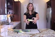 "Endlessly Organic ""How To"" Videos / Let the EO team show you how to prep those veggies! / by Endlessly Organic"