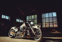 moto photographer Ruslan Sitarchuk