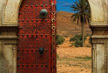Dekorasi relif masjid