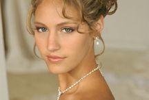 Wedding beauty / by Brandi Menzies