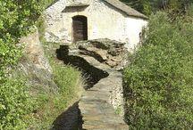 Envie de... découvrir le patrimoine / Vestiges du passé de la région le patrimoine cévenol témoigne d'une Histoire à la fois riche et passionnante.