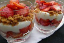 Dessert avec des fraises