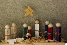 Weihnachtsengel Holz mit Christbaumkugel