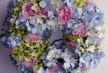 Corone di fiori primaverili