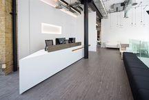 modus: reception desks