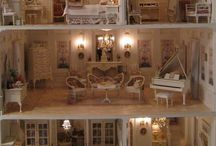 Dollhouse and miniatures