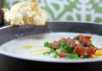 Food ~ soups, stews, and chilis / by Heather Faulkner