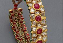 Bracelets. Paunchi