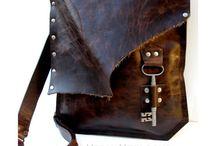 Deri: Unisex Bag