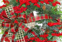 Christmas Wreaths / Deco Mesh and artificial wreaths