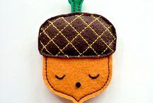 Wool felt and non-woven,  Wool and cloth羊毛氈與不織布、毛線與布素材 / by 世偉 蔡