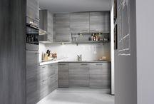 Natuurlijke houtlook / Als je dol bent op natuurlijke materialen in je interieur, dan is een keuken met een natuurlijke houtlook iets voor jou! Küchen Direct heeft prachtige houtlook frontjes met keuze uit diverse sfeervolle houtmotieven.