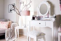 Interesting Furniture - Móveis Interessantes