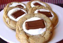 Yumm,..Desserts! / by Maria Verika Mendoza