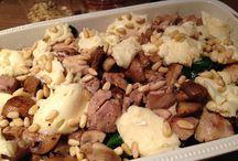 Ovenschotel recepten / Romige ovenschotel met kip en champignon.