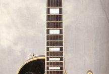 ¡Guitarras y guitarros!