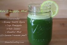 Juicing Vegetables / Vegetable juice is the best!! Low in sugar, high in vitamins and minerals you cannot get enough of these types of juices. Check out one of my best recipes.