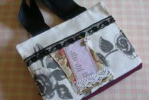 Portalibri/Segnalibri / Porta libri - book cover con manici. Bookmarks. Ispirazione tessuti sardi e scrittori.