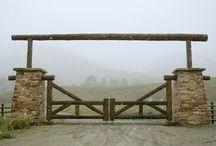 Çiflik Kapısı