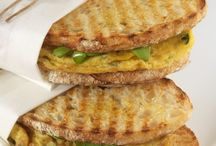 Omelett Sandwich / Brot