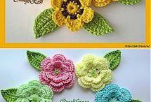 Вязание цветов,поделок.