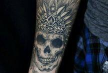 Татуировки с черепом