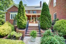 Exteriors / beautiful landscapes and hardscapes