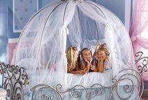 Makenna... Princess Bedroom / by Cheryl Parrott Jewelry