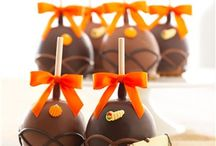 Thanksgiving / Discover the unique gourmet experience of Mrs Prindables this Thanksgiving. Explore hostess gifts, place setting ideas and Thanksgiving dessert options. Repin to your own inspiration board.