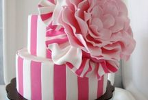 cakes / by Alicia Lazarin-Hernandez