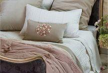 Home Decor: Bedroom / by Noureen Habib