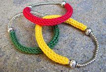 Bracelet laine