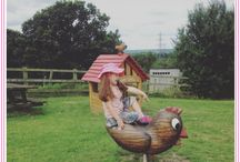 #HAPPYLITTLEBUTTONS / #HAPPYLITTLEBUTTONS Instagram Community