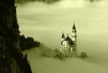 Castles of the world / by Carlos N. Suñer