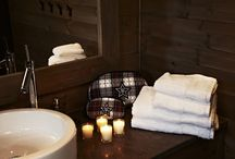 Bath Collection / Our Collection for bath is going from a variety of different make-up and toilet bags, over towels to scented lights to create a warm atmosphere. Our materials go from bomull over velvet to suede leather. Just take a try and view the range of different FLORENCE DESIGN Products!
