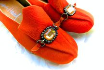 Cardinale / Shoes for a cardinal who likes orange...hair on cow hide with vintage French trim.