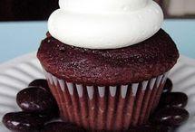 Cupcakes & Muffins / by Becka Krueger