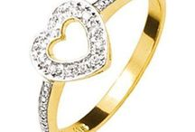 Diamond Rings for Sale / https://www.chain-me-up.com.au/cheap-diamond-rings.asp